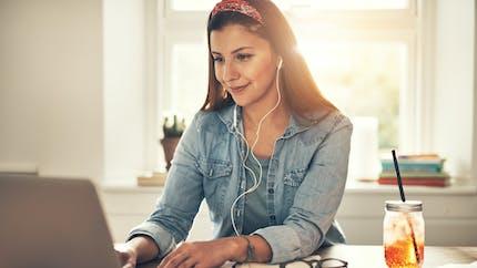 Ecouter la musique en travaillant, bonne ou mauvaise idée ?
