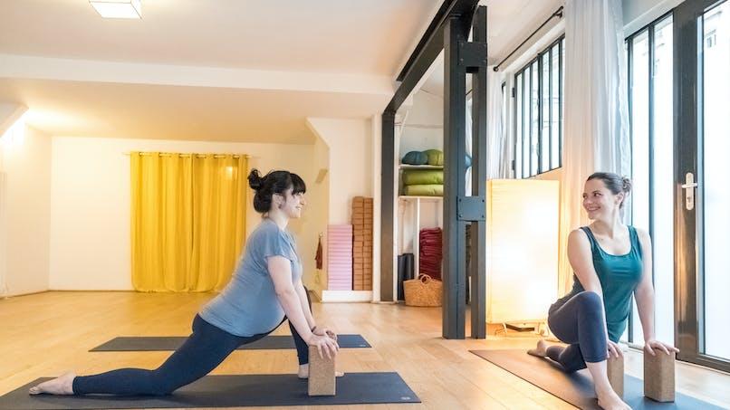 Yoga prénatal :  quelles postures pour quels bienfaits ?