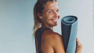 6 postures de yoga pour débutantes