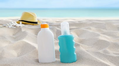 Crème solaire : indice, waterproof, vitamine D... toutes les réponses