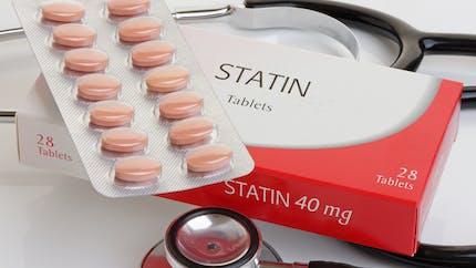 Prendre des statines passé 75 ans diminuerait le risque cardiaque