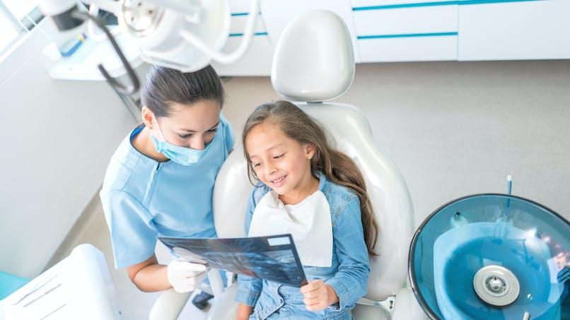 Insolite : 526 dents retirées de la bouche d'un enfant de 7 ans