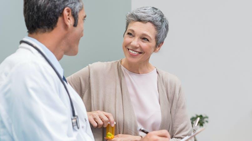 Ménopause : une nouvelle procédure permettrait de la retarder de 20 ans