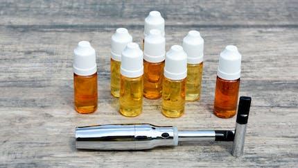 E-cigarette : la CDC américaine enquête sur des atteintes pulmonaires sévères
