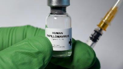 HPV : la vaccination pourrait éviter 92% des cancers dus à ce virus