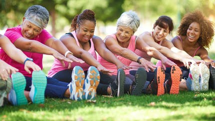 Cancer du sein : des petits gestes pour prévenir près de 20 000 cancers par an