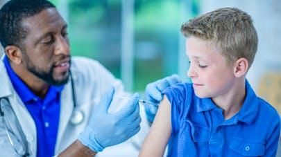 HPV : le vaccin bientôt recommandé pour tous les garçons de 11 à 14 ans