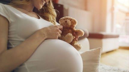 Grossesse: les perturbateurs endocriniens dangereux pour le QI de l'enfant