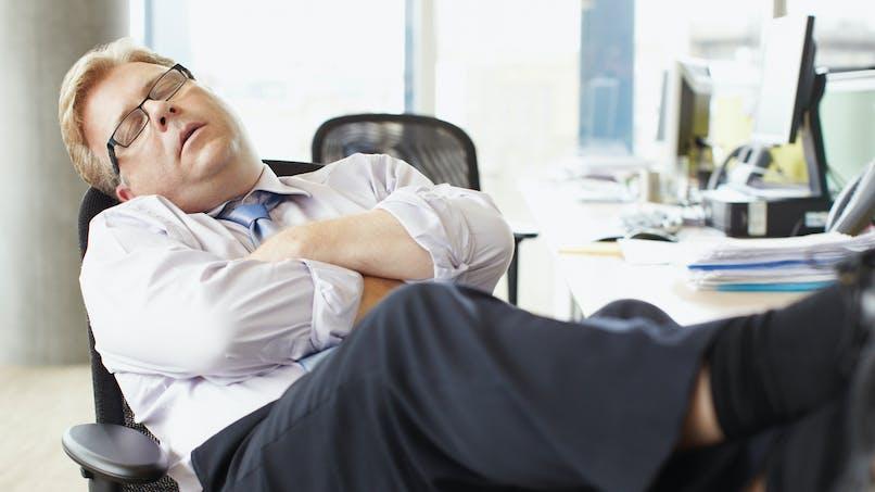 Les graisses saturées augmentent bien le risque de somnolence en journée