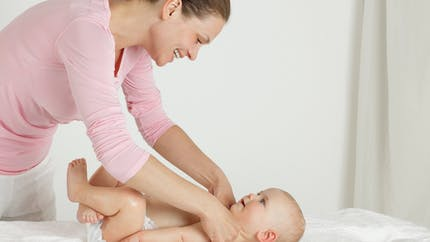 Bronchiolite chez le bébé : la kiné respiratoire est désormais déconseillée