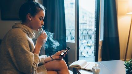 Vapotage : Apple supprime ses applications liées à la cigarette électronique
