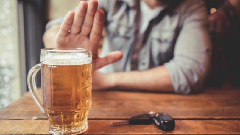 La kétamine envisagée pour réduire les envies pulsionnelles d'alcool