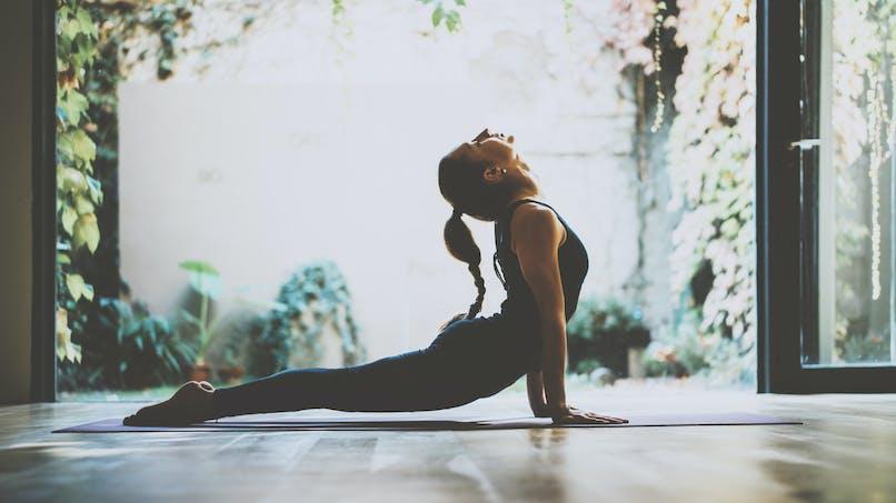 Des experts examinent les preuves que le yoga est bon pour le cerveau