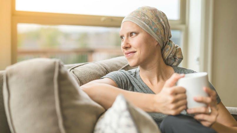 Une femme sur cinq ne reprend pas le travail un an après la fin des traitements d'un cancer du sein