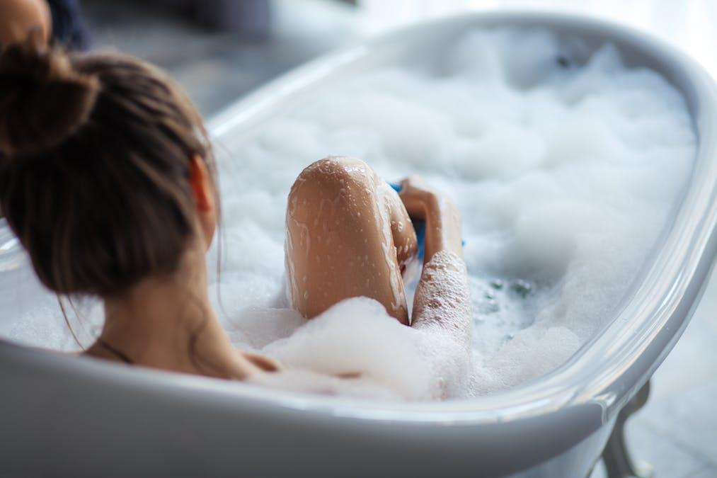 Prendre un bain chaud pour s'endormir plus rapidement