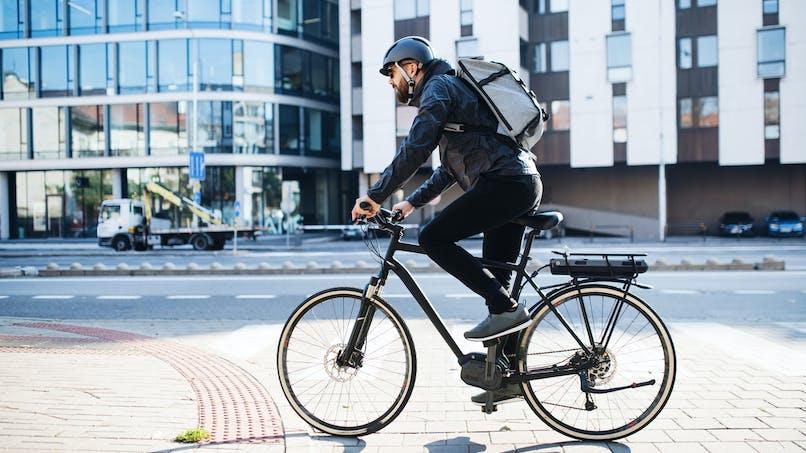 Les vélos électriques engendreraient plus de blessures internes que les autres types de deux-roues