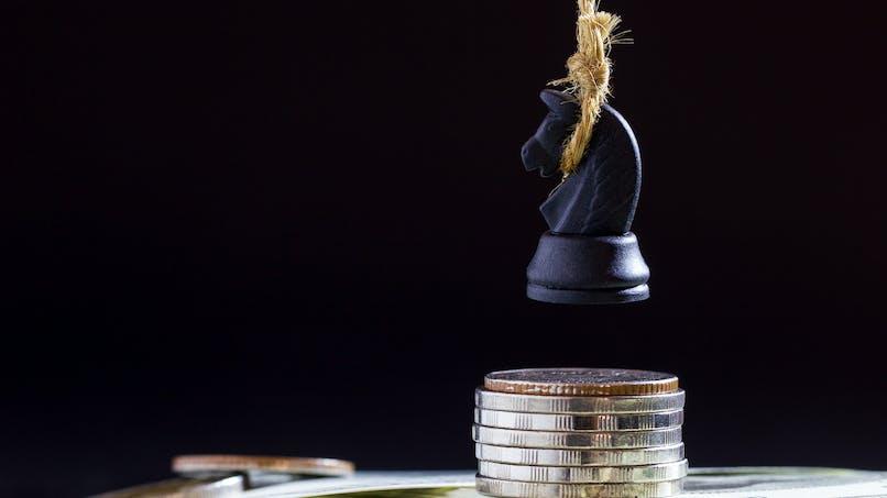 Suicides : une étude suggère d'augmenter le salaire minimal pour les prévenir