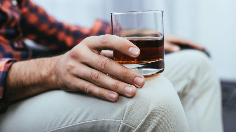 Cancer: quand les survivants continuent à boire beaucoup d'alcool