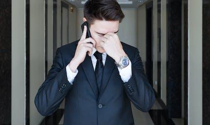 Italie : une cour d'appel valide le lien entre ondes téléphoniques et tumeur