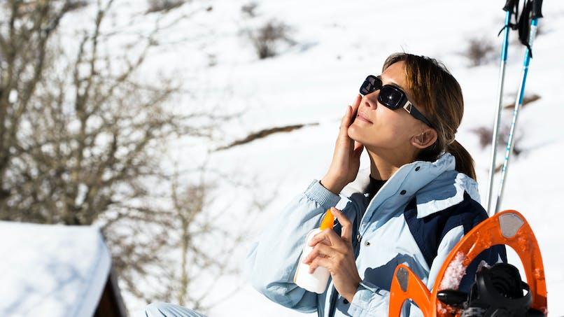Les substances chimiques des crèmes solaires sont bien absorbées par le corps