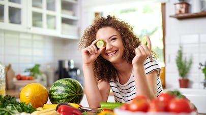 Cystite : le régime végétarien diminuerait le risque chez la femme
