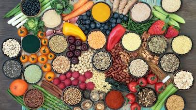 Alzheimer : fruits, légumes et thé diminueraient le risque