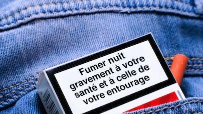 Tabagisme passif : les Français encore trop exposés à la fumée de cigarette