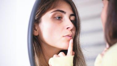 Les causes du bouton de fièvre : le vrai et le faux