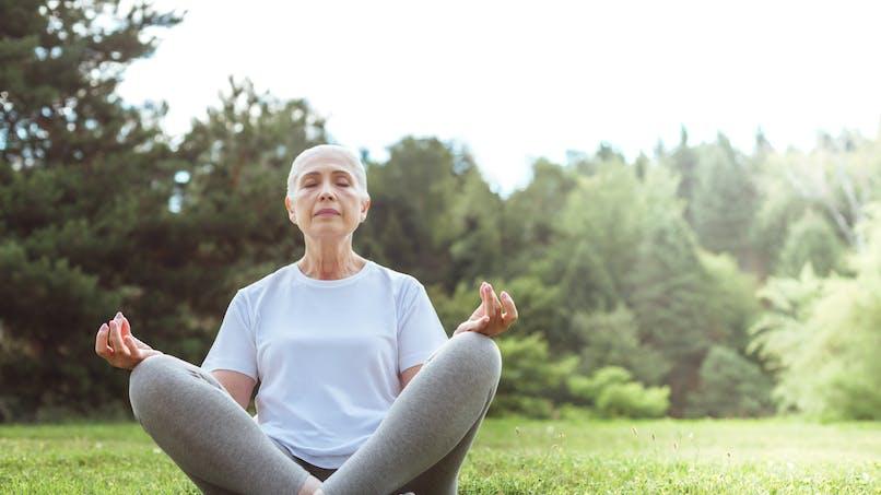 La méditation peut aider à gérer la douleur même pour les personnes qui ne l'ont jamais pratiquée