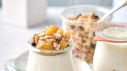 Verrines de yaourt, pomme et cannelle