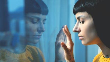 Covid-19 : des recommandations d'experts pour réduire les effets psychologiques négatifs liés au confinement