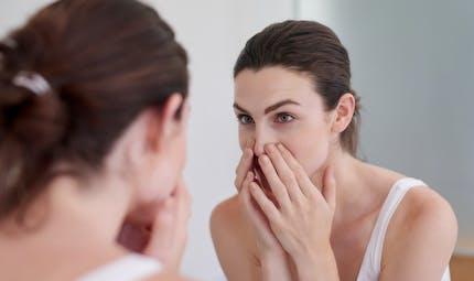 Coronavirus : les bonnes astuces pour arrêter de se toucher le visage