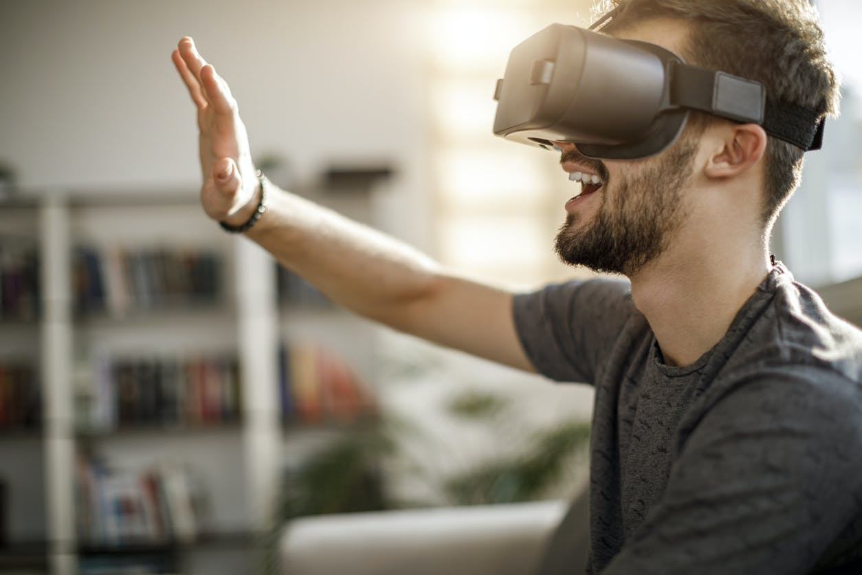site de rencontre réalité virtuelle rencontre de jeunesse sarinoise 2021