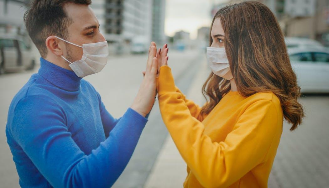 Covid-19 et sexualité : 6 questions sur le sexe en période de coronavirus