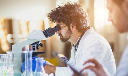 Polémique autour de l'essai du tocilizumab contre les cas graves de Covid-19