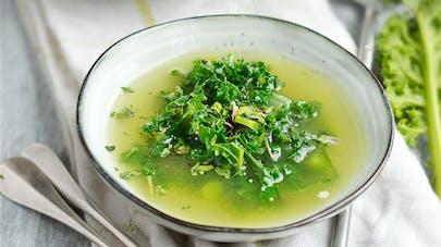 Soupe détox au chou kale