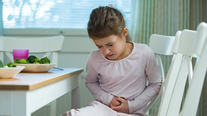 Les troubles gastro-intestinaux, un signe de Covid-19 chez l'enfant ?