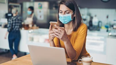 Les 4 scénarios envisagés par le Conseil scientifique pour la suite de l'épidémie