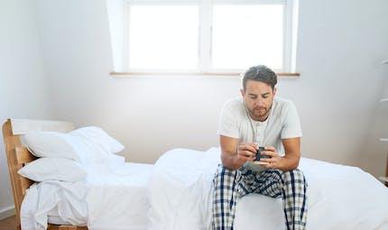 Certaines personnes ne font plus l'amour… Comment expliquer le syndrome du célibat ?