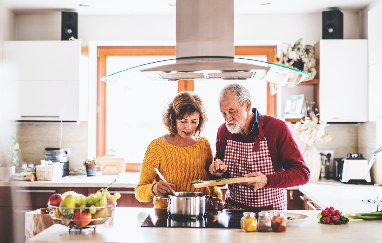 Mieux s'alimenter pour mieux vieillir : nos bons conseils