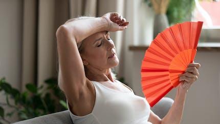 Ménopause: attention aux maladies cardiovasculaires en cas de bouffées de chaleur et sueurs nocturnes