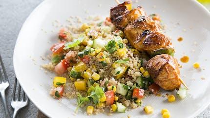 Brochette de poulet au quinoa et aux légumes d'été