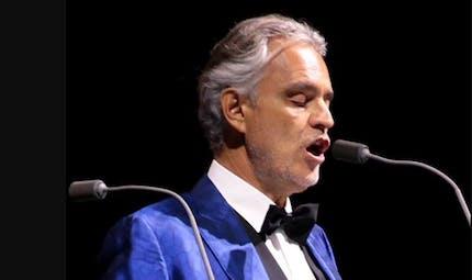 Covid-19 : en Italie, les déclarations du chanteur Andrea Bocelli font scandale