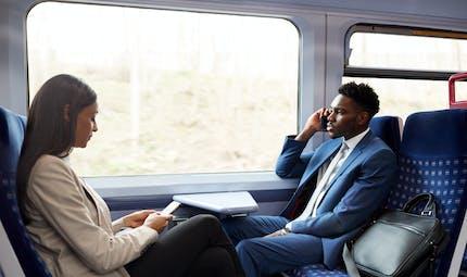 Une étude révèle le taux de transmission du COVID-19 lors d'un trajet en train