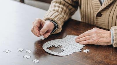 Démences et maladie d'Alzheimer reculent en Europe et aux États-Unis (étude)