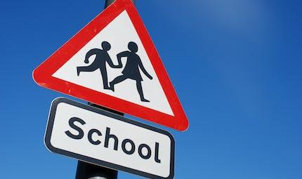 Covid-19 : au Royaume-Uni, Boris Johnson suggère de tester régulièrement élèves et enseignants
