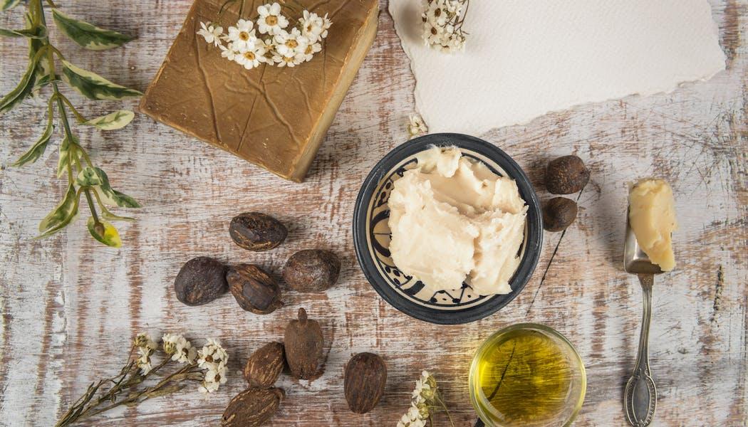 Quels sont les bienfaits du beurre de karité pour la peau et les cheveux ?