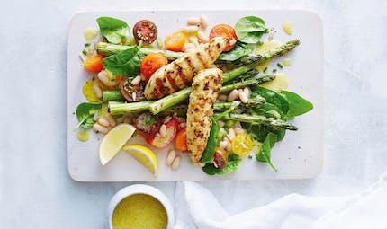 Salade d'asperges au blanc de poulet grillé