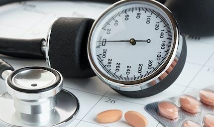 Covid-19 : les médicaments anti-hypertension amélioreraient le taux de survie