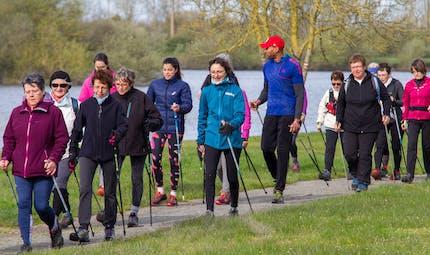 Marche nordique : une journée pour découvrir un sport-bonheur !